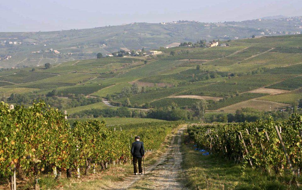 За да си ја разбистри главата: Италијанец испешачил 400 километри по кавга со сопругата