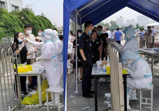 По зголемувањето на бројот на новозаразени над 100, Кина почна со масовно тестирање на населението