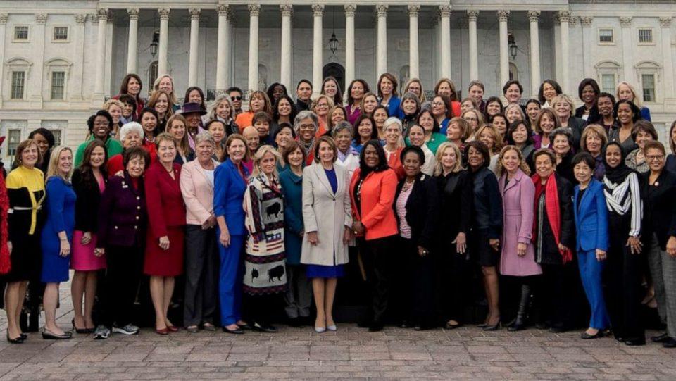 Во американскиот Конгрес ќе има рекорден број жени