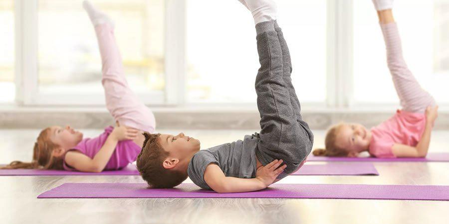 Учениците ќе вежбаат пилатес и јога, а 100 училишта немаат ни сала за физичко