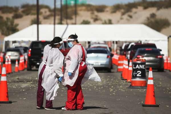 Здравствениот систем на Калифорнија е пред колапс: Гувернерот размислува за забрана на излегување од дома