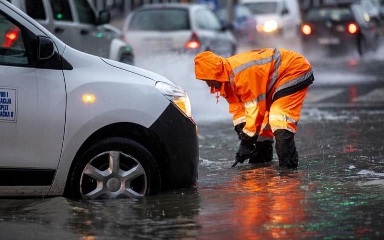 Сплит под вода по рекордните врнежи од дожд