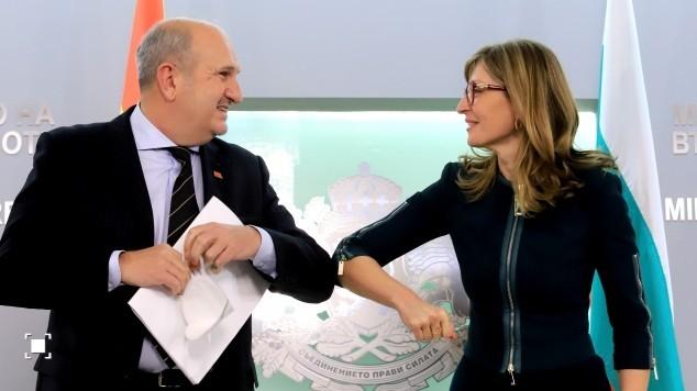 Захариева ни порача дека и по изборите позицијата на Бугарија ќе остане иста