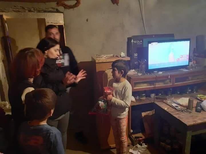 Апел за помош на семејството Ивановски од Делчево: Да им подариме топол и сигурен дом