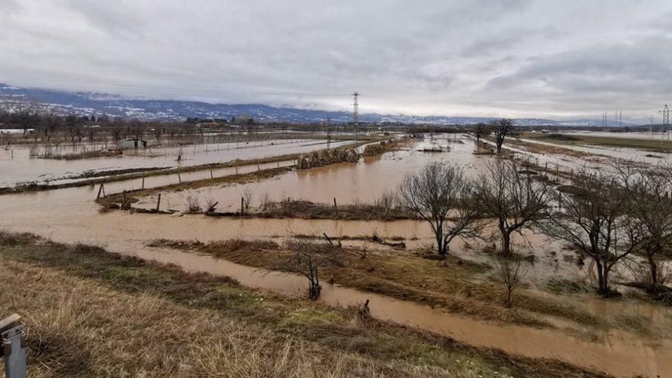 Во Србија вонредна состојба поради поплавите
