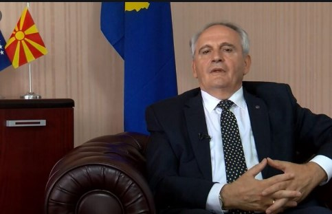 Спасовски се сретна со амбасадорот на Косово кој е интересен и за Хаг
