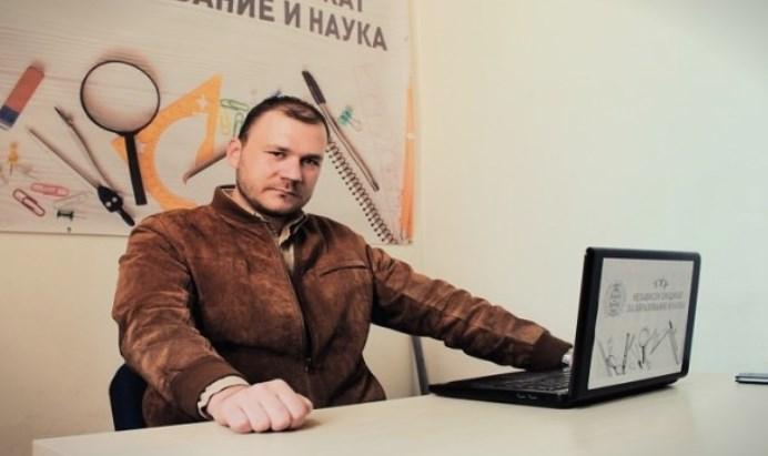 Гиевски: Мила Царовска не игнорира како да не постоиме