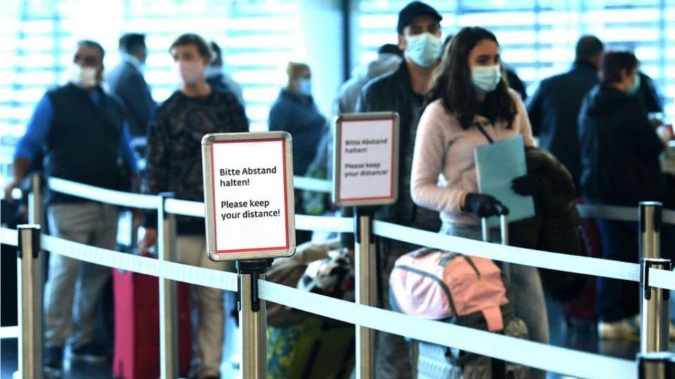 Австрија воведува ПЦР тест за граѓани кои се враќаат од одмор