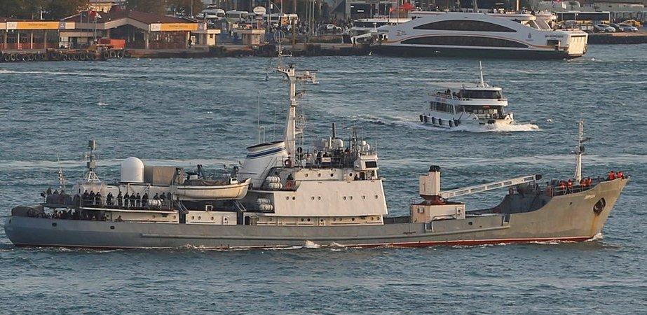 Потона руски брод крај брегот на Турција, во тек е спасувачка акција