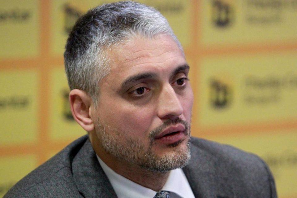 Чедомир Јовановиќ е во тешка здравствена состојба: Лекарите се сомневаат на сериозна болест