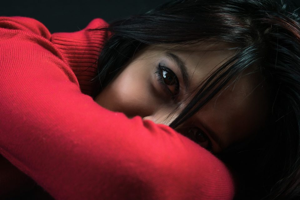 Се верува дека денеска не треба да се носи црвена облека, лошо ќе биде и ако загрми