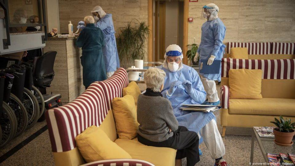 """Германија ја одобри вакцината на """"АстраЗенека"""" и за лица постари од 65 години"""