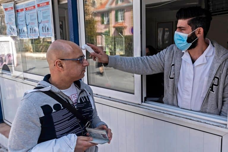 Кипар воведува строг карантин на две недели