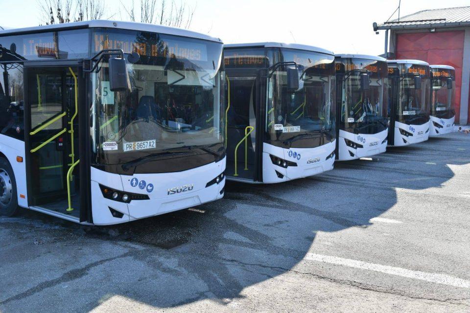 Новите тетовски автобуси сè уште се нови – пет месеци стојат паркирани