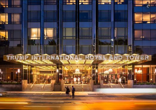 Не е веќе претседател, ама и милионите му се тенчат: Огромен пад на приходите на хотелите на Трамп