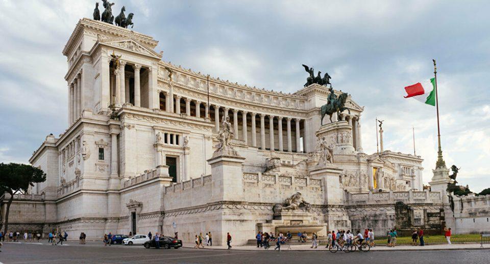 Во италијанскиот парламент се гласа за доверба на Владата, поради средствата од ЕУ за пандемијата