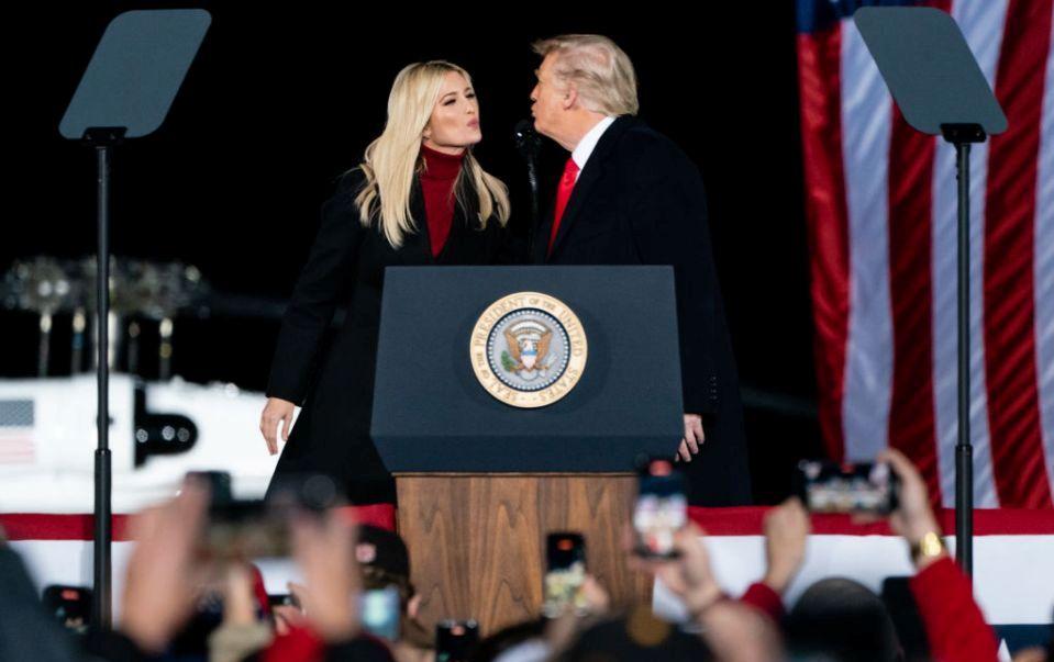Ќерката контра таткото: Иванка Трамп, сепак, ќе оди на инаугурацијата на Бајден