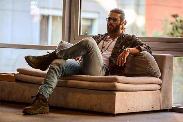 Турчинките се луди по овој актер со македонско потекло