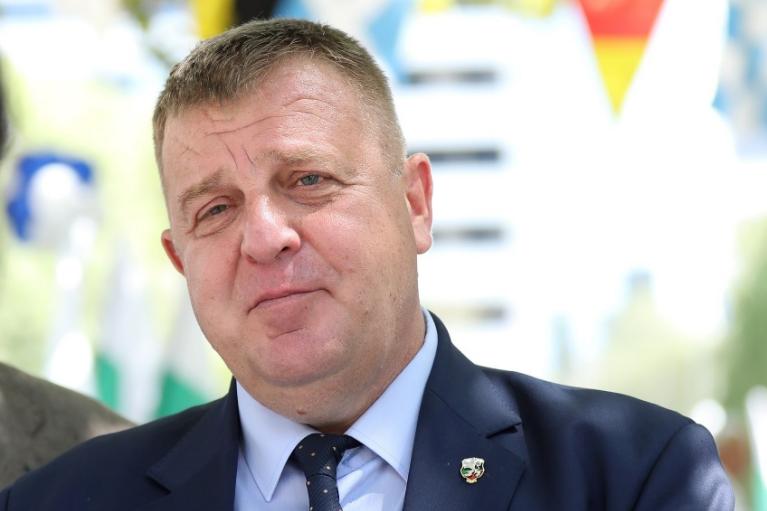 Каракачанов победи, ама кај Бугарите во Македонија