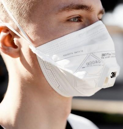 Пратеници осомничени за земање мито при набавка на маски
