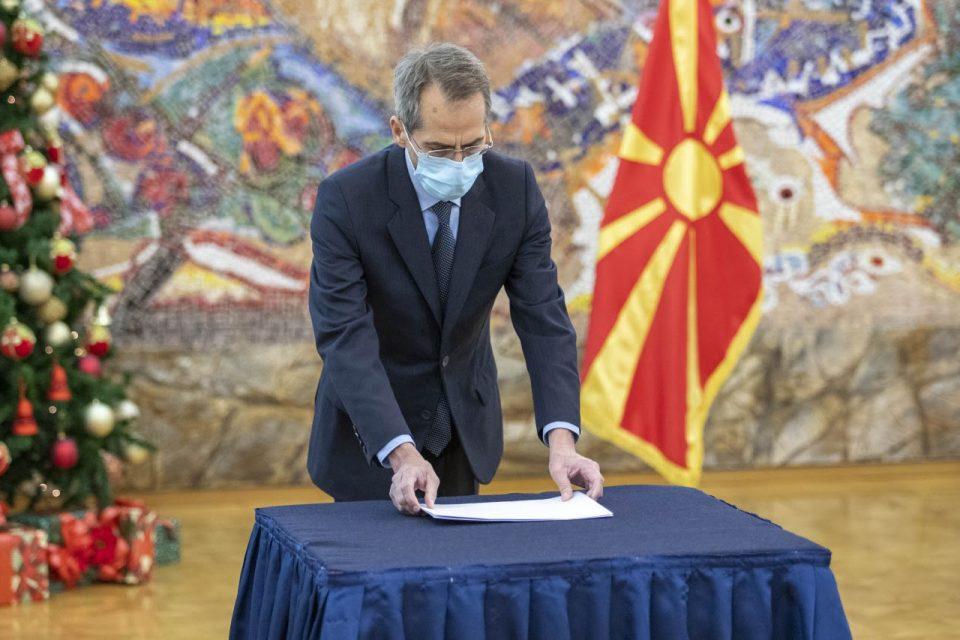 Русос Кундурос нов грчки амбасадор во Македонија