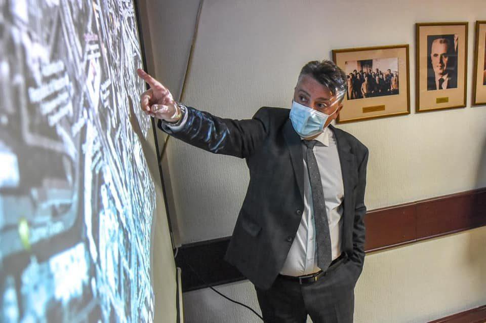 Шилегов: Ние не спиеме, Скопје наскоро ќе има автобуско метро