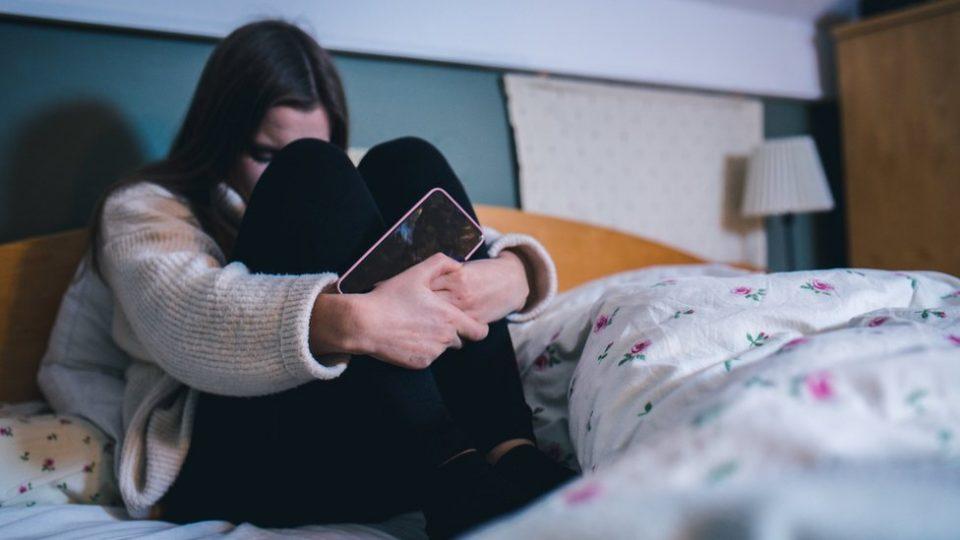 """Разговор.мк им нуди бесплатна поддршка за злоупотребените девојки од """"Јавна група"""""""