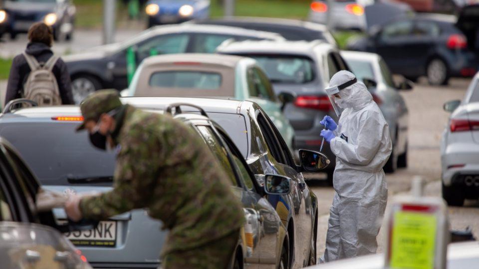 """Словачкиот министер Корчок побара помош од ЕУ, бидејќи земјата се наоѓа во """"трагична"""" ситуација со коронавирус"""
