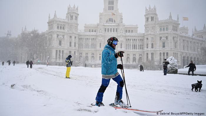 Штетата од снегот во Мадрид е 1,4 милијарди евра