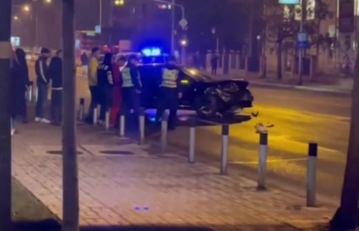 Келнерка од познат ресторан меѓу повредените во полноќната сообраќајка