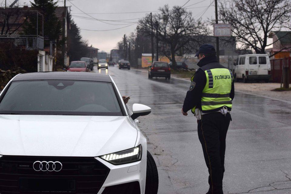 """Македонец со """"Ауди А8"""" возел 252,8 км/ч на автопатот Ниш-Белград!"""