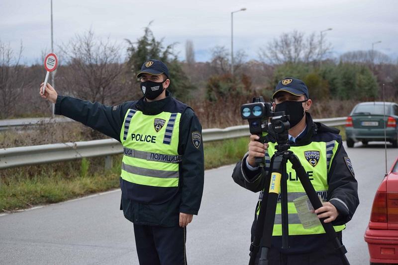Во Скопје казнети 232 сообраќајни прекршоци