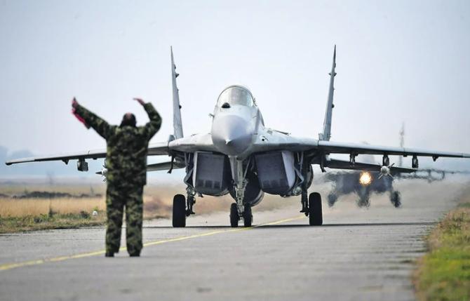 """Србија добива четири авиони """"Миг-29"""" од Белорусија"""