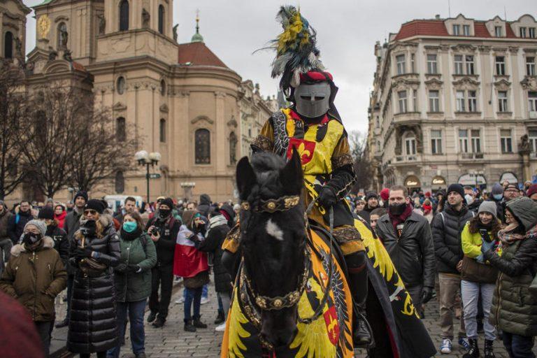 """Две илјади Чеси протестираа против """"ковид-тиранијата"""""""