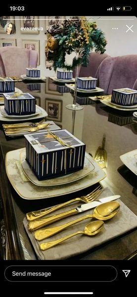 Додека народот трпи за леб, Заеви јадат со златен прибор