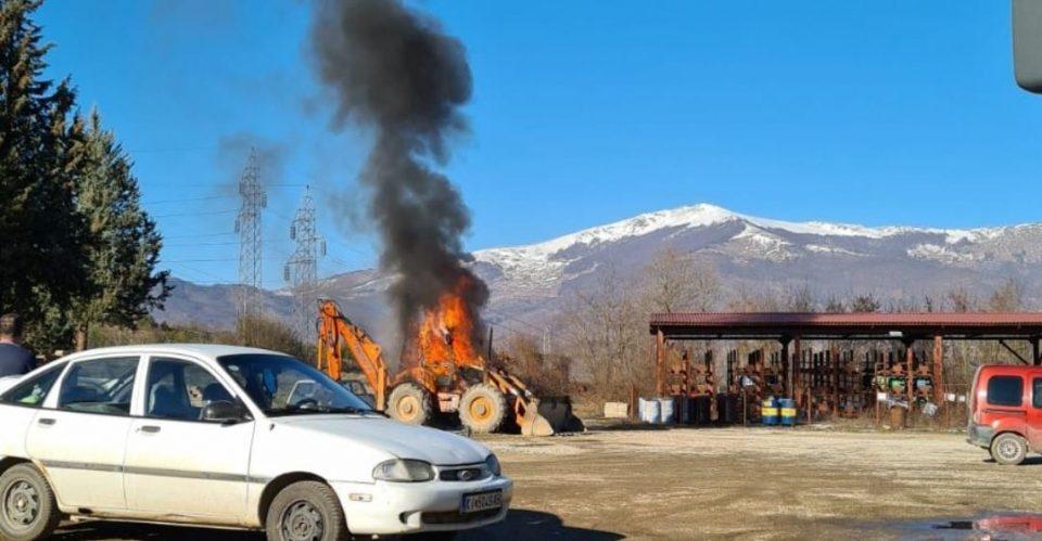 Комисија за енергетика на ВМРО-ДПМНЕ: Гори дел од механизацијата во РЕК Осломеј повеќе од час и уште нема противпожарна служба