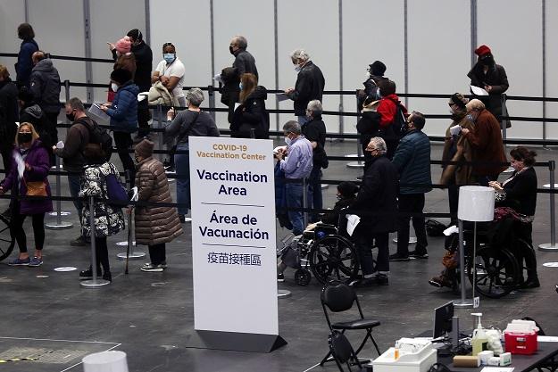 Милион долари казна и одземање на лиценцата за вакцинирање преку ред во Њујорк