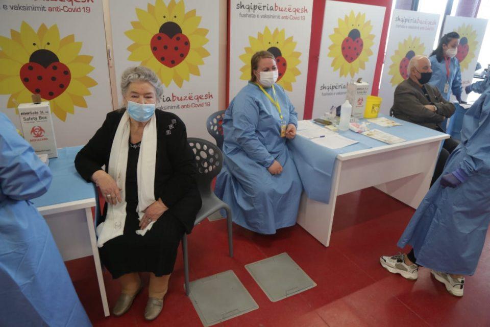 Во Албанија досега вакцинирани 5.891 лица