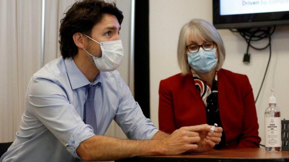 """Oбезбедени се 22 милиони дози: Канада ја одобри вакцината на """"АстраЗенека"""""""