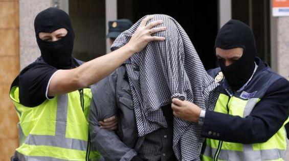 Планирале масакр во Франција: До 30 години затвор за тројца џихадисти