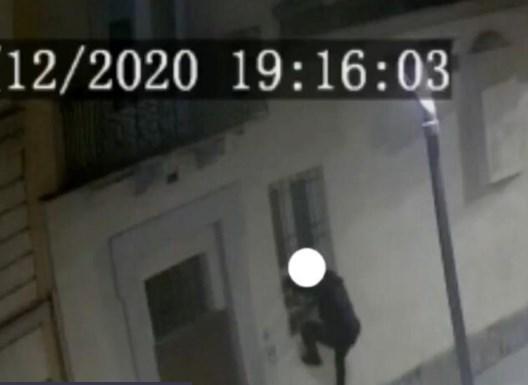 Биле пријатели на Инстаграм: Српски крадци во Италија влегувале во домови на богати во стилот на Спајдермен