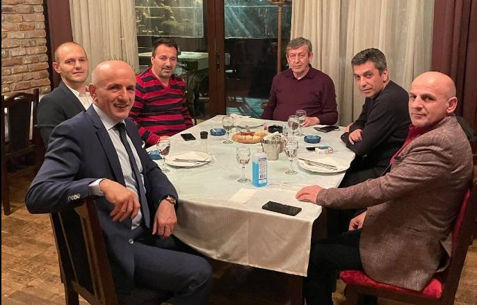 Ги немаше на масата на Ахмети: Меџити и Беџети на средба со Муса Џафери