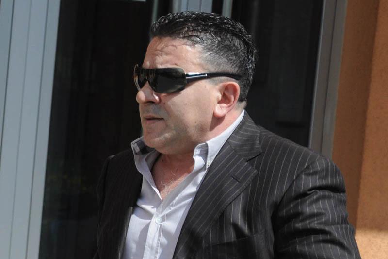 Уапсен, па веднаш пуштен косовскиот наркобос Насер Кељменди