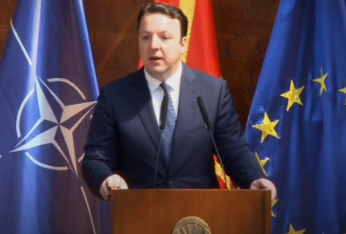 Николоски: Во која европска земја кандидатите за попишувачи се бираат преку општинските организаци на владејачката партија