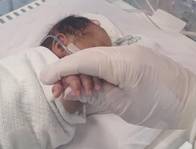 По 61 ден на Детска клиника кумановче родено со одвај 800 грама ќе се сретне со својата мајка