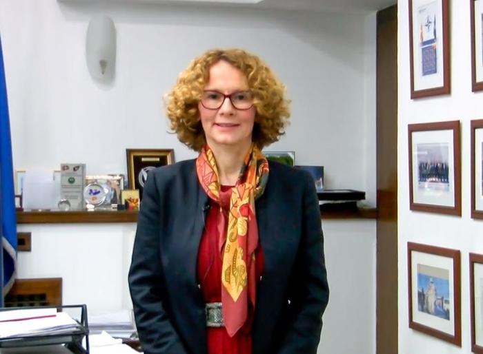 Шекеринска најде оправдување зошто немаме вакцини: И членките на НАТО имале проблем со набавката