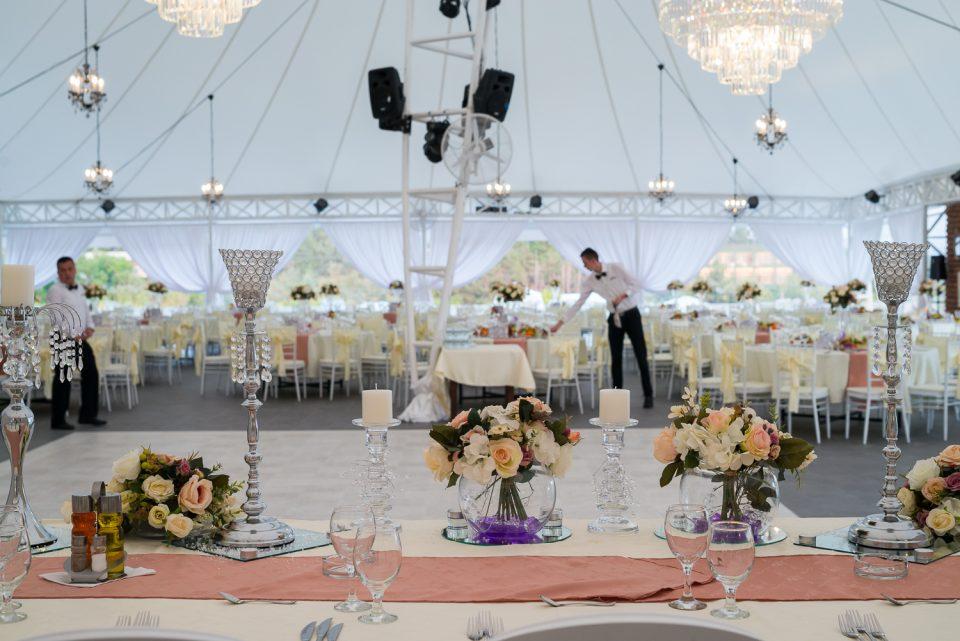 Рестораните за свадби бараат протоколи за да почнат со работа, во спротивно најавуваат масовни протести
