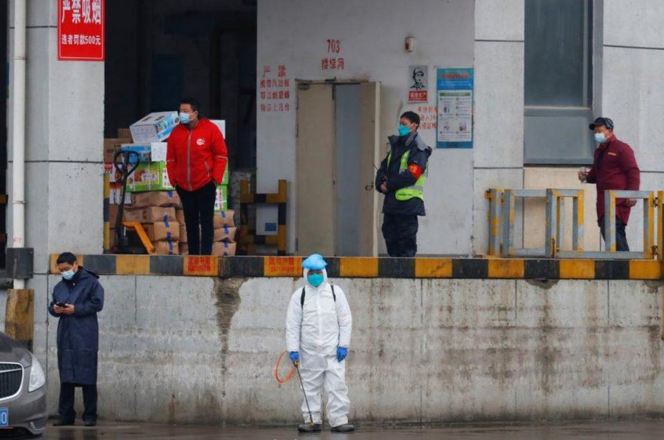 САД: Кина или ќе соработува во истрагите за потеклото на корона вирусот или ќе се соочи со меѓународна изолација