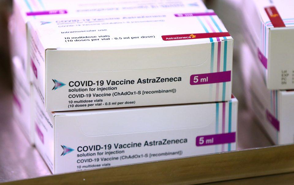 """Пристигаат 38.400 вакцини од """"Астра зенека"""" преку Ковакс"""
