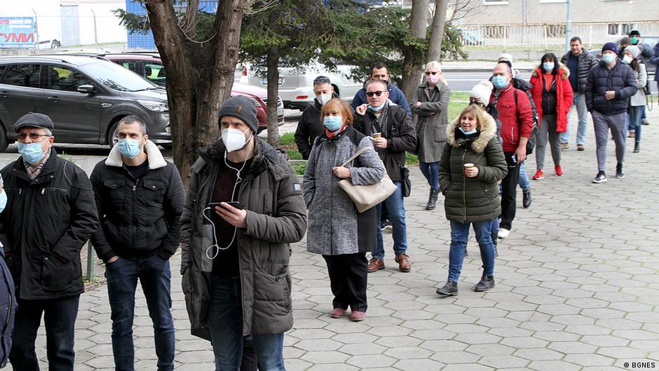 Јанев негира дека Бугарија одбила 20.000 вакцини: Тоа е текст во западно издание